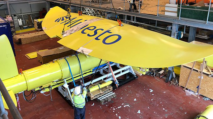 The wing is assembled to Minesto's marine energy converter DG500 in Holyhead, Wales in the beginning of 2018. Photo: Minesto